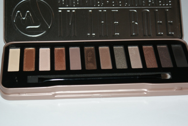 W7 In the Buff Natural Nudes eye colour palette First impression and swatches