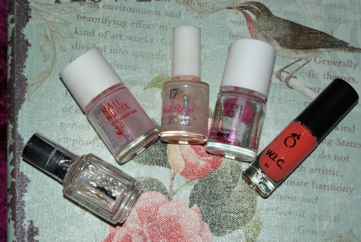 Mini nail polishpurge