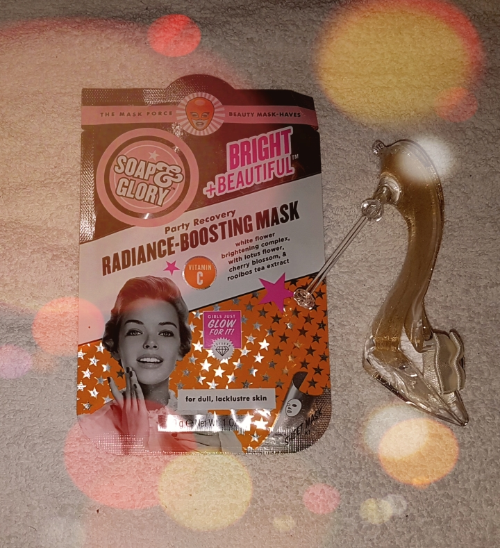 Soap & Glory Bright + Beautiful Party Recovery Radiance Boosting Mask Review